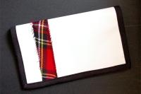 "Porte-chéquier ""Blanc et écossais"""