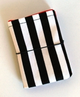 "Porte-cartes ""Beetle juice"""